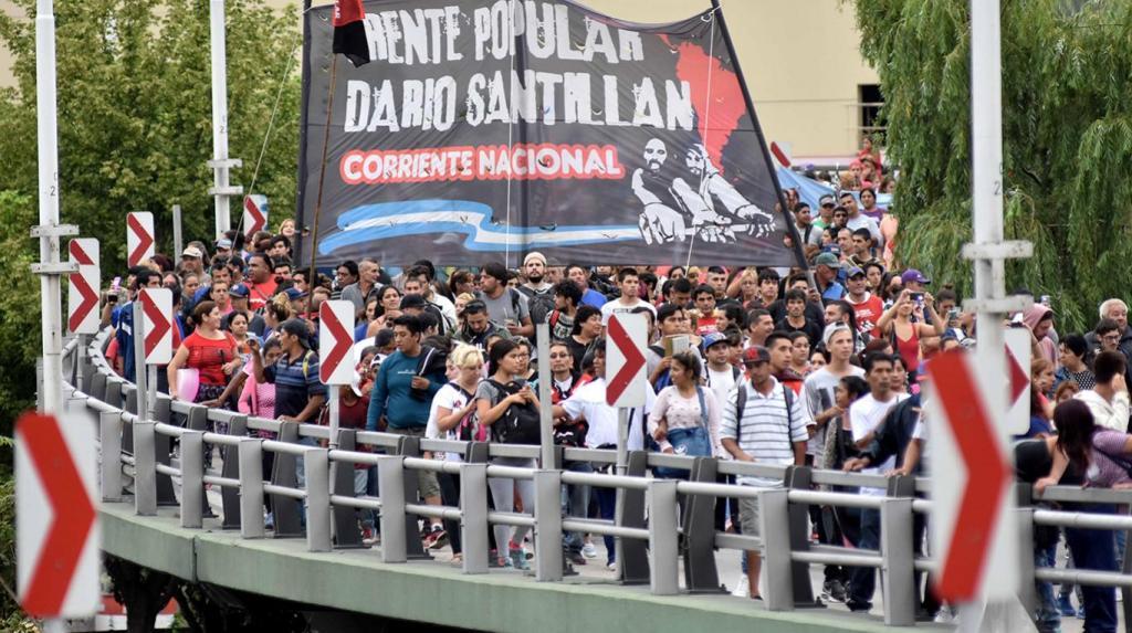 La CGT, CTA y gremios rebeldes protestan por el rumbo económico. El gobierno se mantiene en sus 13. El diagnóstico de un histórico dirigente de la UOM.