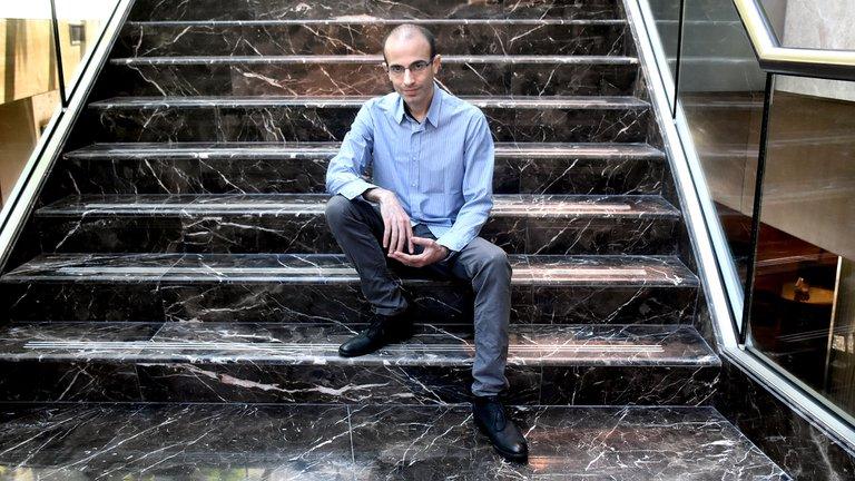 Harari: reinvertarse frente a los avances tecnológicos