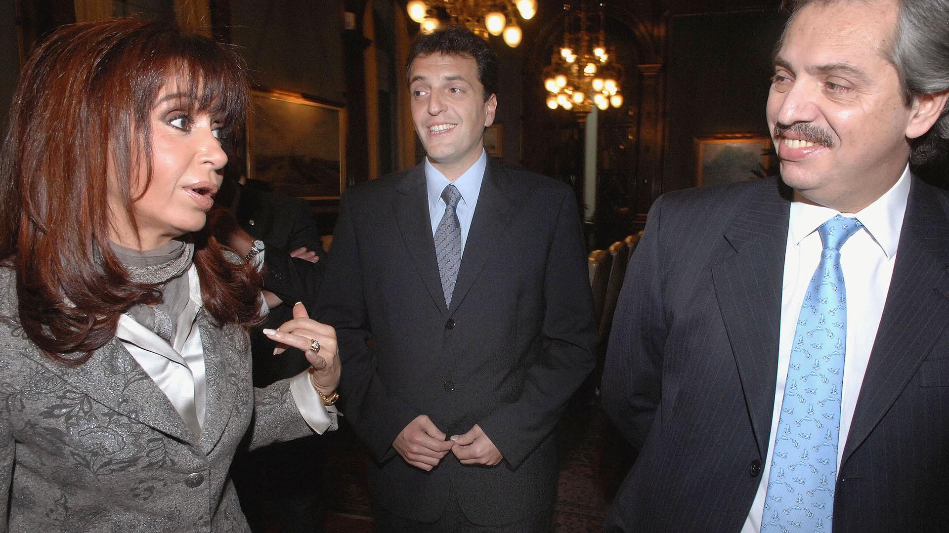 Alberto, Cristina y Sergio, se compactan y analizan cambios en el gabinete