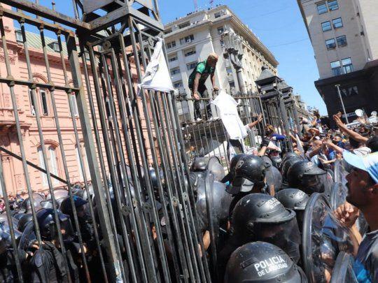 Asperezas entre Nación y CABA por los incidentes en el velatorio de Maradona