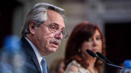 """Novaro: Alberto """"hace bien en subordinarse a Cristina"""" para ganar las elecciones"""