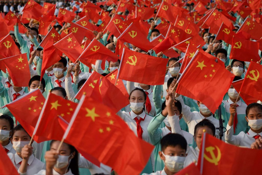 """En un duro discurso durante las celebraciones de los 100 años del Partido Comunista Chino, su secretario general XI afirmó que su pueblo """"no será oprimido""""."""