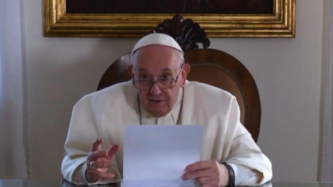 Francisco pidió cambiar la actual estructura social mundial